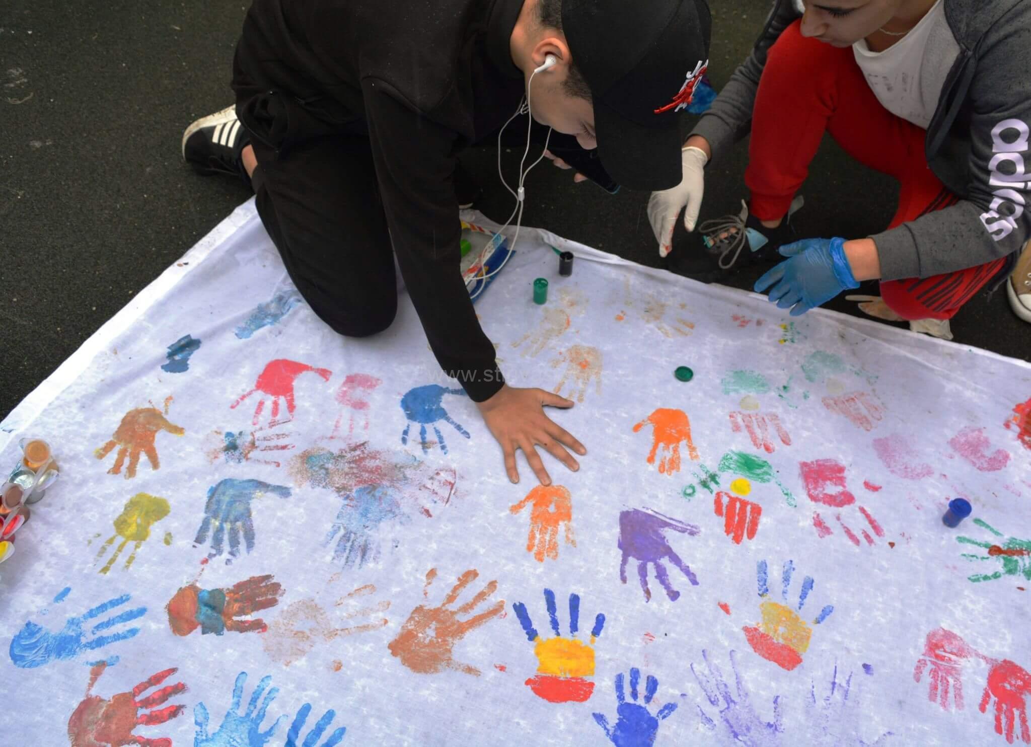 1 iunie sărbătorit de copiii refugiați din centrele regionale