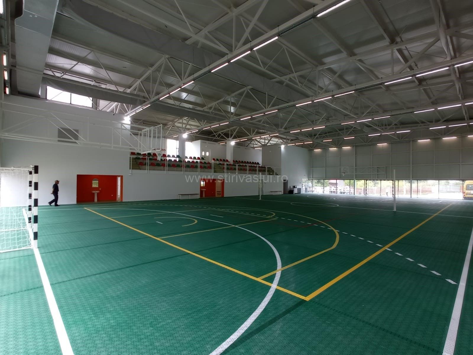 Sală de sport ultramodernă în comuna Ștefan cel Mare 4