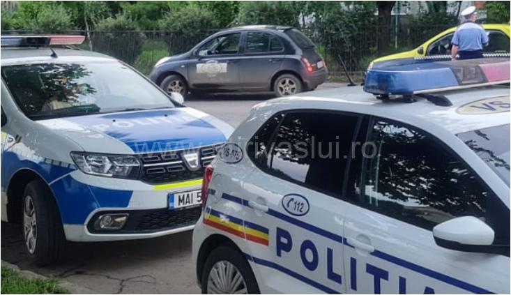 Un individ din Huși a lovit cu mașina doi polițiști