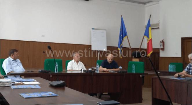 """Festivalul Internațional de Folclor """"Hora din străbuni"""", pe ultima sută de metri"""