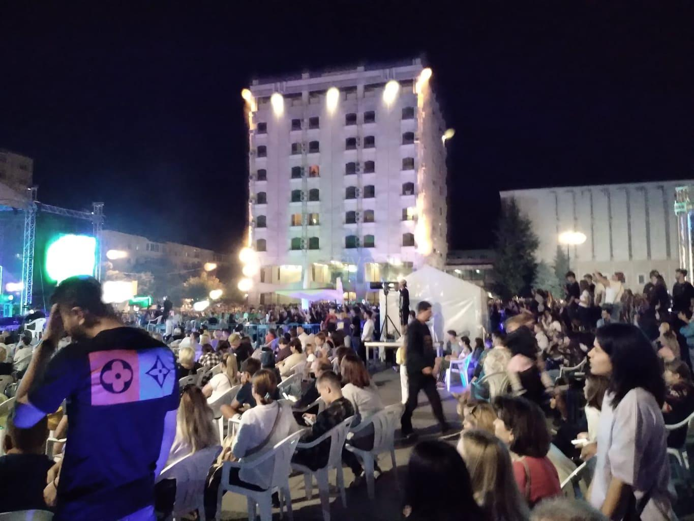 Zilele Vasluiului. Centrul Civic a fost arhiplin în prima seară 2