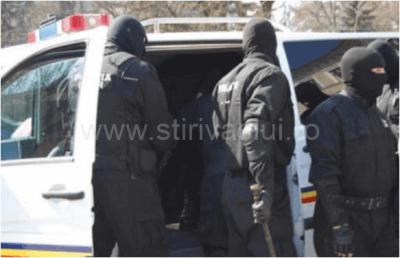Trei persoane violente din Murgeni, arestate pentru ultraj