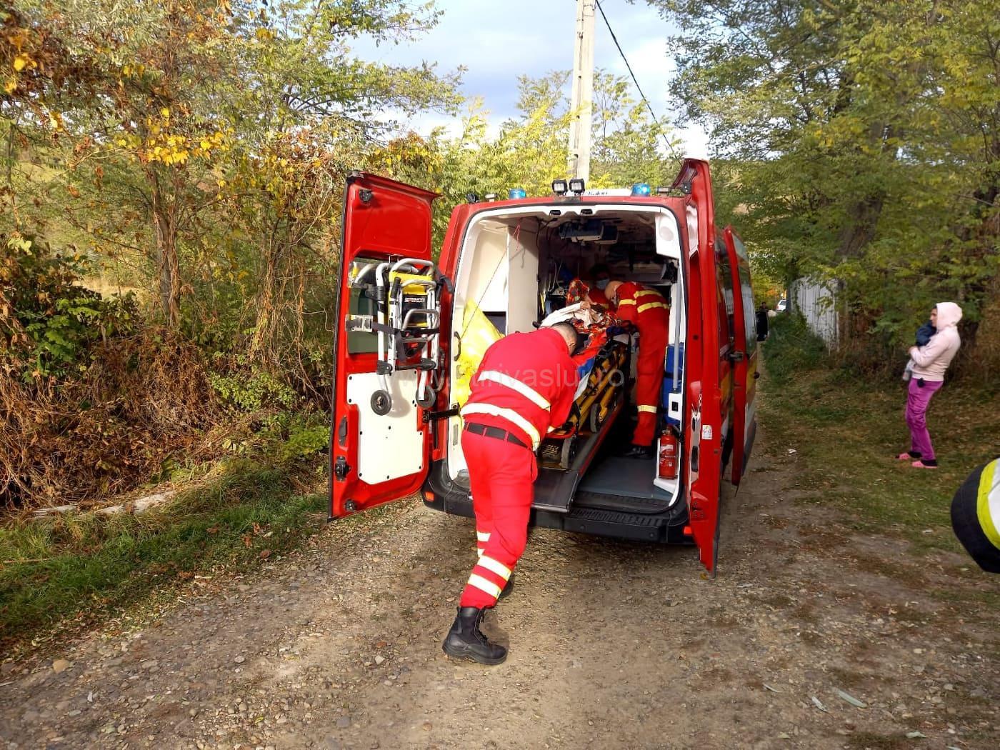 O femeie de 78 de ani a căzut într-o fântână din satul Corbu, Lipovăț
